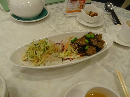 Kung Tak Lam: vegetarian food at King Tak Lam - that looks like non-veg! - starters