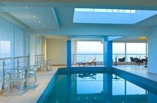Eastin Residences Muscat: Pool