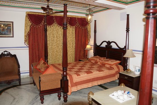 Umaid Bhawan Heritage House Hotel: twin room