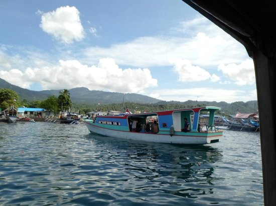 Tasik Ria Resort Manado: Dive boat at Lembeh