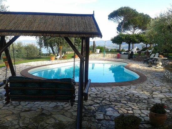 Isole e Tramonti: La piscina