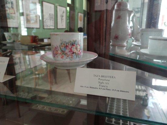 Museo del Chocolate: taza bigotera