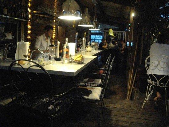 bar a la une toulouse restaurant reviews phone number photos tripadvisor. Black Bedroom Furniture Sets. Home Design Ideas