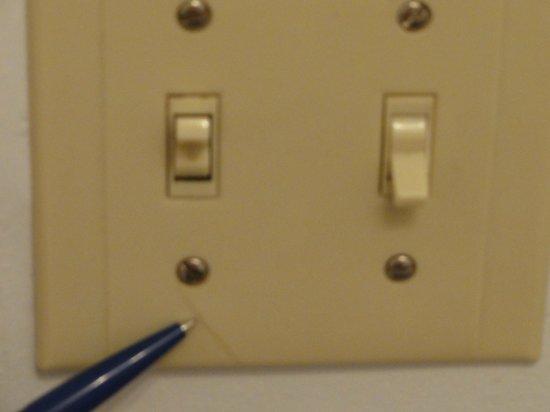Aspen Village : Cracked light switch