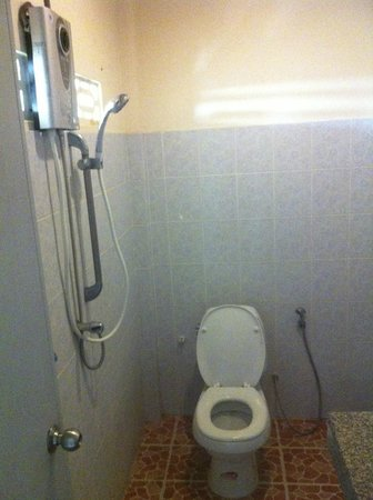 Starlight Resort: salle de bain spartiate