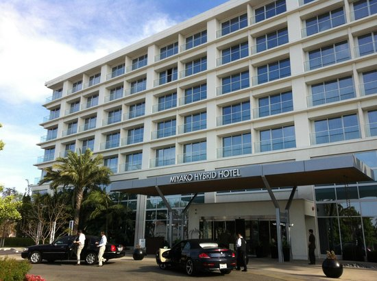 Miyako Hybrid Hotel : entrance