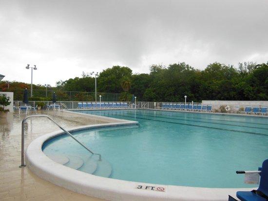 Ocean Pointe Suites at Key Largo: Pool