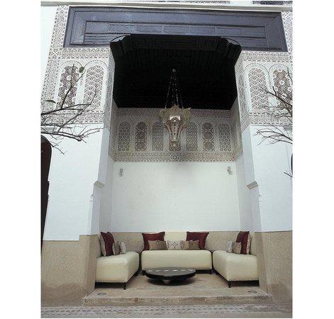 Riad Farnatchi: Courtyard