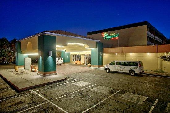 Photo of MCM Elegante Hotel Albuquerque