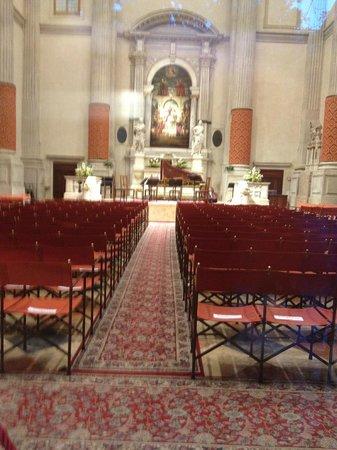 Interpreti Veneziani : Wonderful interior of the church