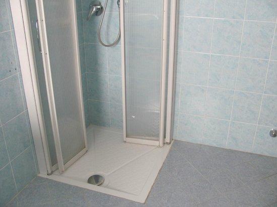 Agritur Girasole: doccia per disabile