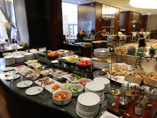 Radisson Blu Carlton Hotel, Bratislava: Breakfast