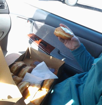 Donut Haus : A dozen for our family