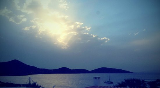 Elounda Bay Palace: The view from our room, just after dawn.