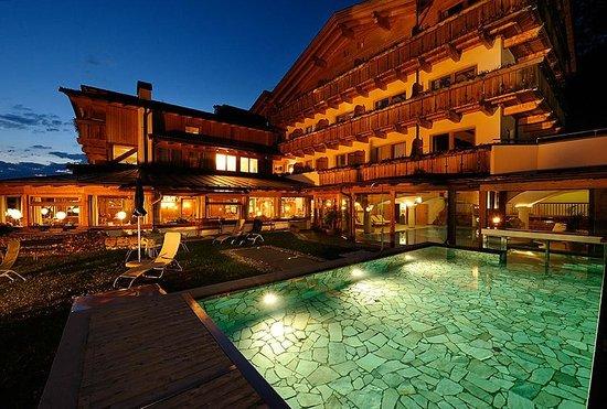 il Berghotel al tramonto
