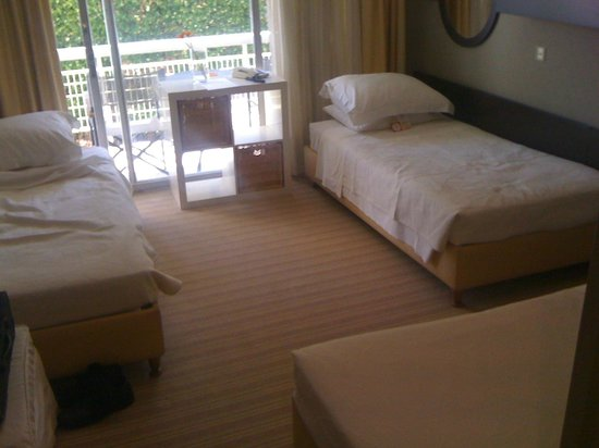 Sea View Hotel: Dorm Style