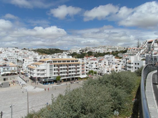 Belmonte Apartments: The old town area