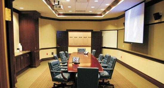 Taurus Sarovar Portico: Board Room