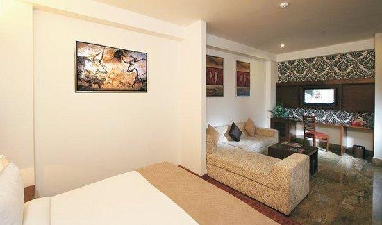 Taurus Sarovar Portico: Guest Room
