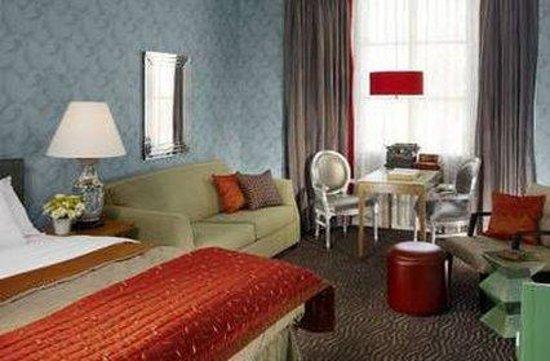 Carriage Inn: Guest Room