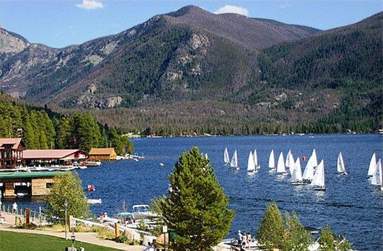 Western Riviera Lakeside Lodging & Events: Sumlasers