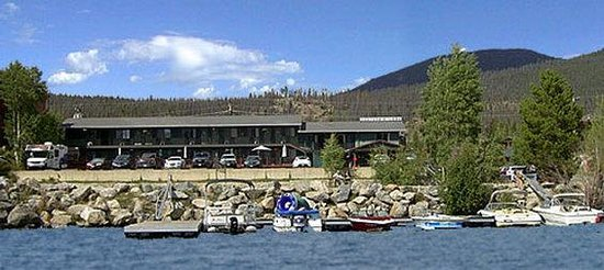 Western Riviera Lakeside Lodging & Events: Motelfromwater