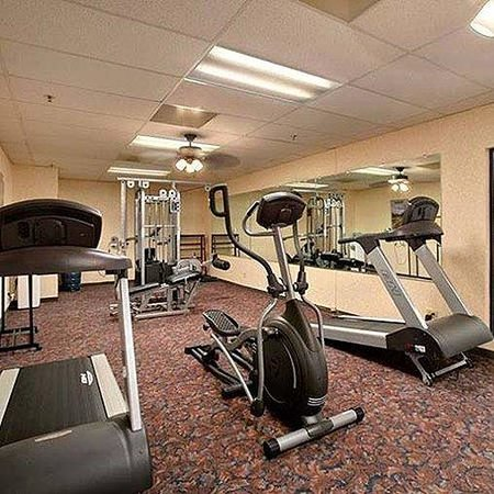 Plaza Hotel & Suites: Royal Arkansas Exercise