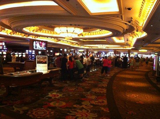 Monte Carlo Resort & Casino: Casino floor