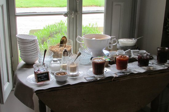 La Reserve: Home made jams and jellies