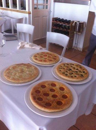 Scalini Ristorante e Pizzeria: different type of focaccia Scalini