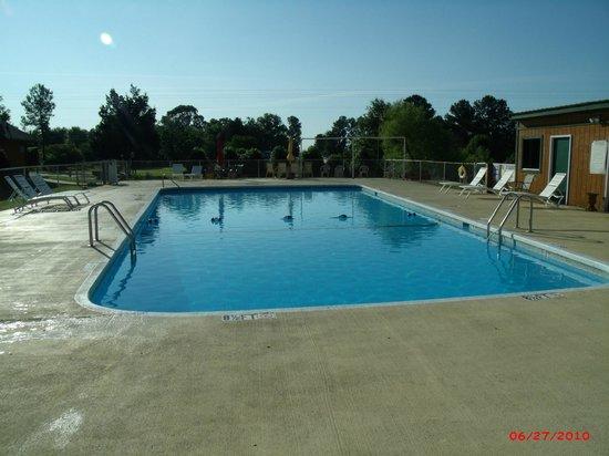 Spartanburg NE/Gaffney KOA: Nice Pool !