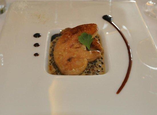 L'etang du Moulin : Escalope de foie gras d'oie, lentilles cuite en ragoût