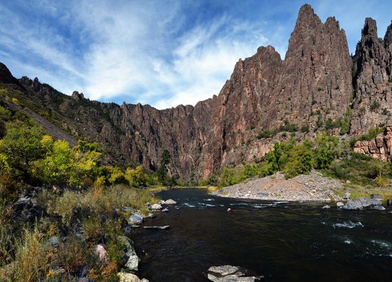 The Gunnison Route: View from canyon floor