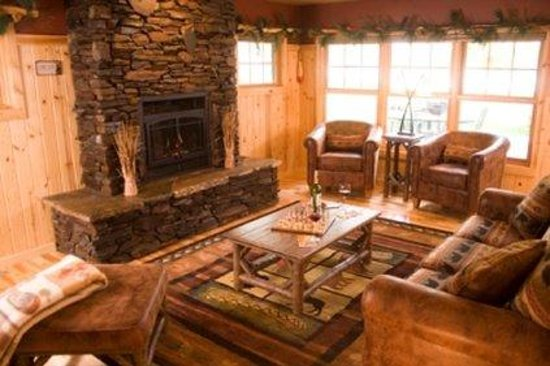 Clamshell Beach - Cottages on Whitefish : Cozy