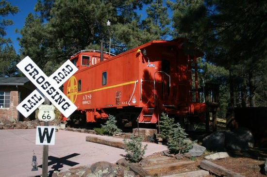 Canyon Motel & RV Park: 1929 Caboose Suite