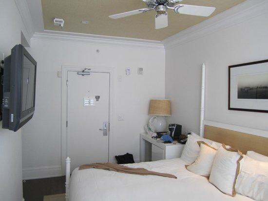The Betsy - South Beach: Room 210