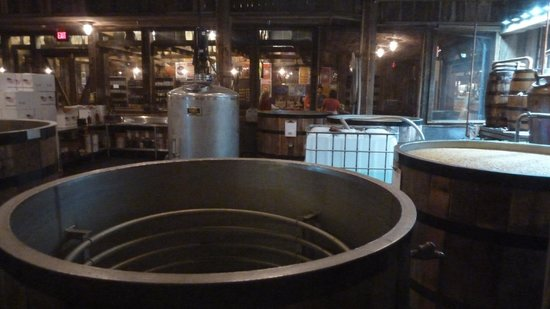 Gatlinburg Barrelhouse: You get to see the distilling process and it smells delicious!