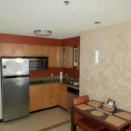 Residence Inn Waco: Dining area