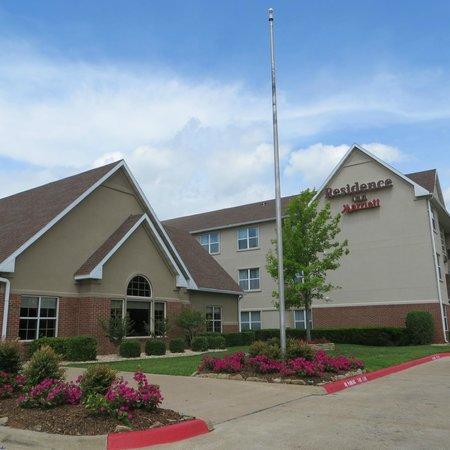 Residence Inn Waco: Exterior