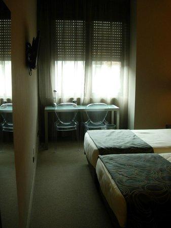 Soperga Hotel: Habitación reformada y con equipamientos modernos.