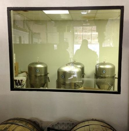 Denver Brews Cruise: Wit's End Brewery tour