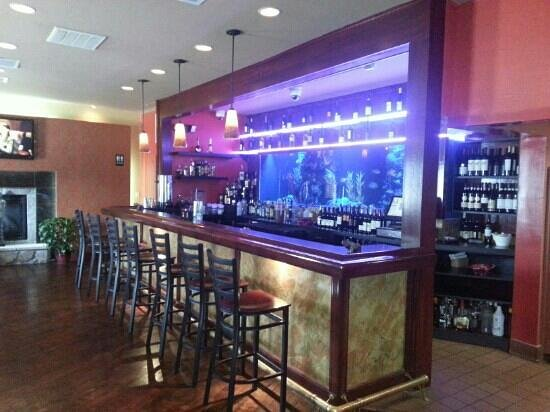 Aroi Thai & Asian Bistro: the bar