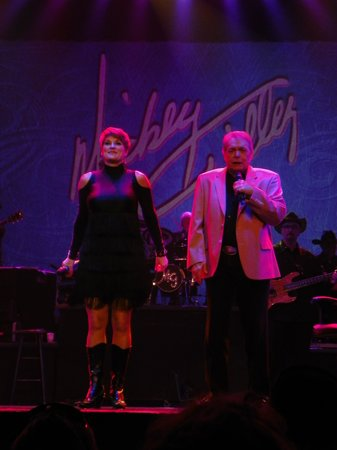 Mickey Gilley Theatre: The Master performer