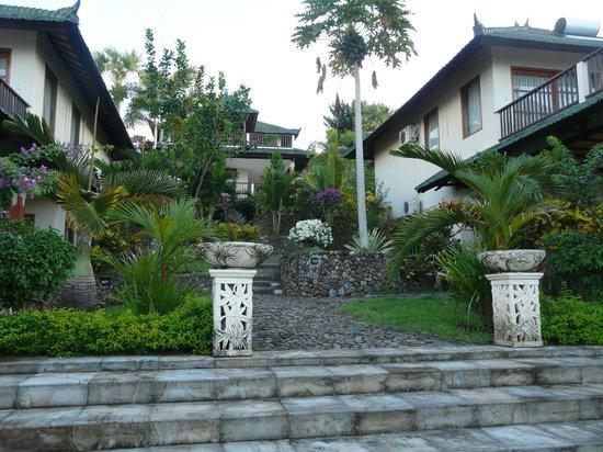 Puri Wirata Dive Resort and Spa Amed: Partie hôtel plus récente