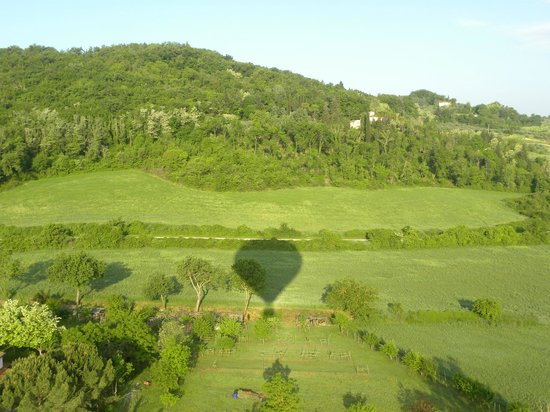 Tuscany Ballooning: up in the air