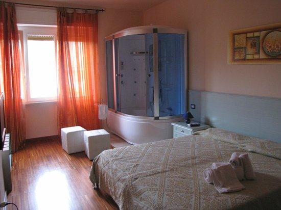 Bosa Guest House: Suite