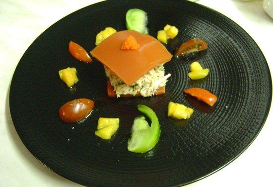 Au Gite de la Maison Hote : Raviole ouverte de crabe et tomates