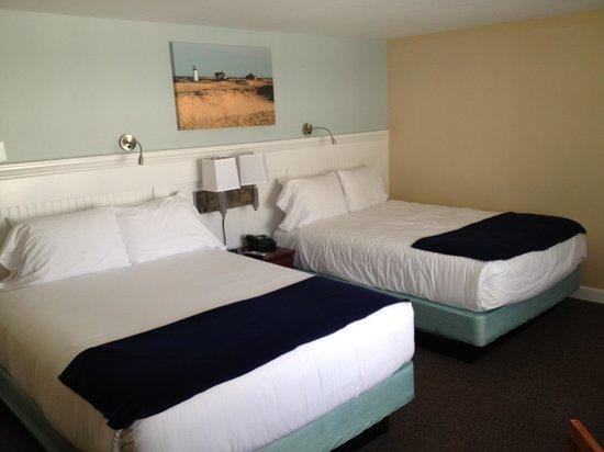 Cape Colony Inn: The room