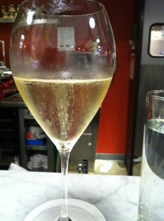 Proseco at Manzo