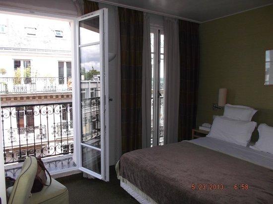 Hotel Signature St Germain des Pres: Our room